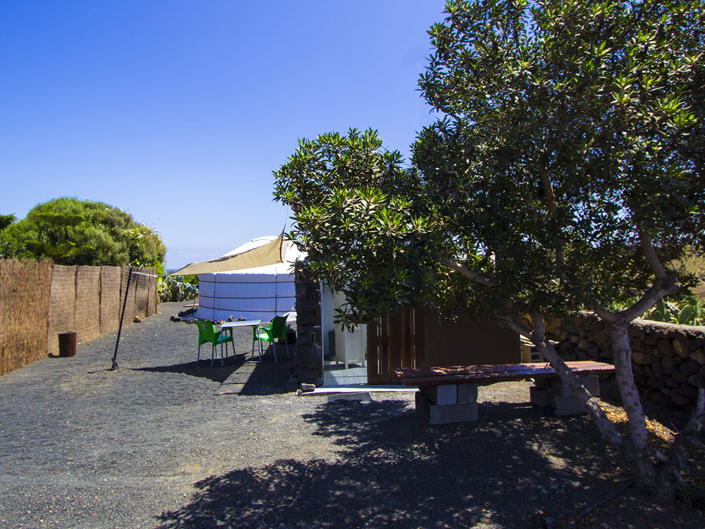 private_kitchen_yurt_lanzarote